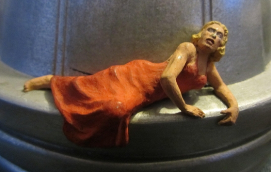 A model of Ann Darrow from King Kong reclining on top of the Empire State Building, made and interpreted by Ray Harryhausen © The Ray and Diana Harryhausen Foundation