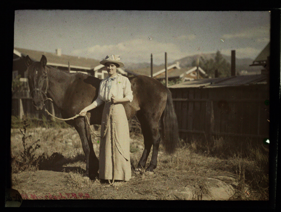 "Madaline Bradbury and ""Chiketa"", Santa Barbara, c. 1915, Helen Messinger Murdoch, The Royal Photographic Society Collection, National Media Museum / SSPL"