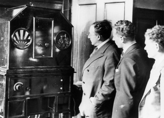 First BBC television transmissions, 1929, Daily Herald Archive, National Media Museum Collection / SSPL