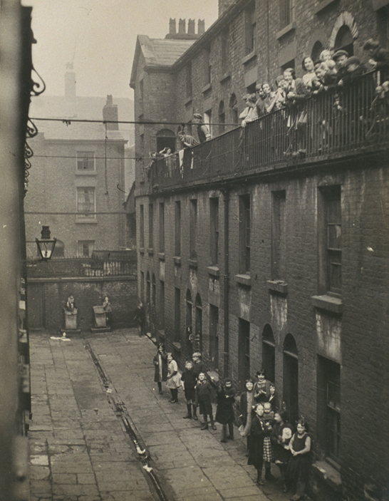 Women and children in a Liverpool slum housing scene, c.1935, Daily Herald Archive, National Media Museum Collection / SSPL