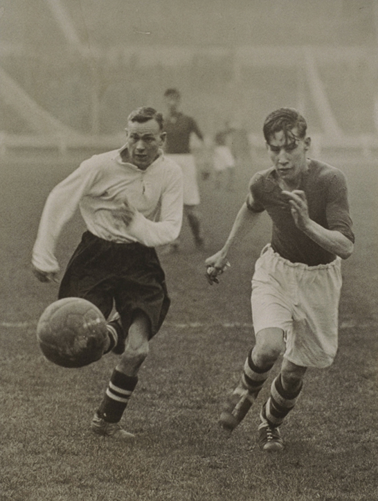 Greenwich versus Walthamstow at Wembley, 1934, James Jarché © Daily Herald / National Media Museum, Bradford / SSPL