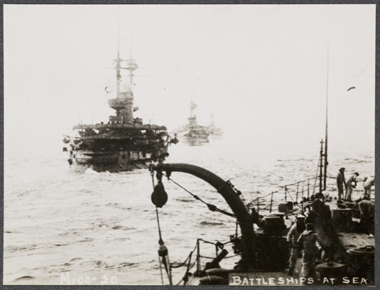 Battleships at sea, c. 1915, unknown photographer © National Media Museum, Bradford / SSPL. Creative Commons BY-NC-SA
