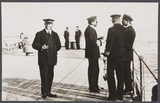 Officers on deck of battleship, c. 1915, unknown photographer © National Media Museum, Bradford / SSPL. Creative Commons BY-NC-SA