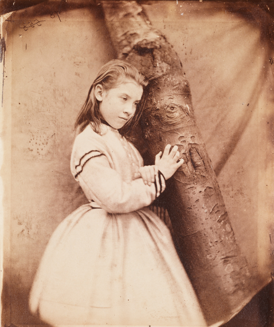 Elizabeth (Lizzie) Wilson Todd, September 1865, Charles Lutwidge Dodgson © National Media Museum, Bradford  / SSPL. Creative Commons BY-NC-SA